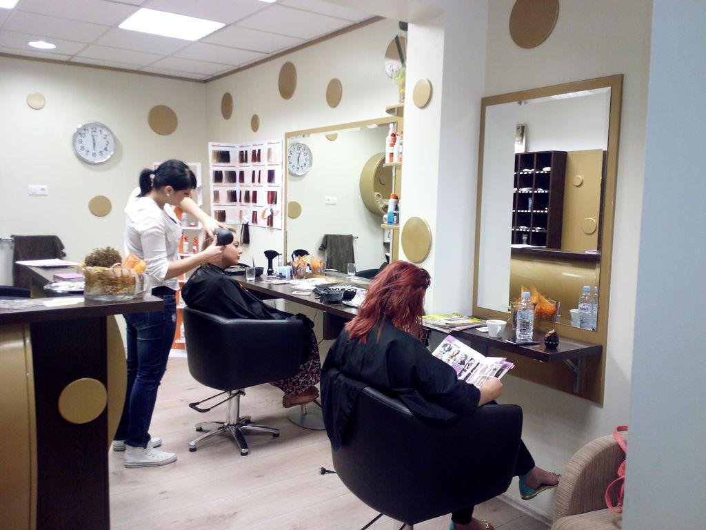 oc frizerski salon nina fsn roga ka slatina delovni